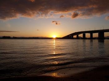 琵琶湖大橋4.jpg